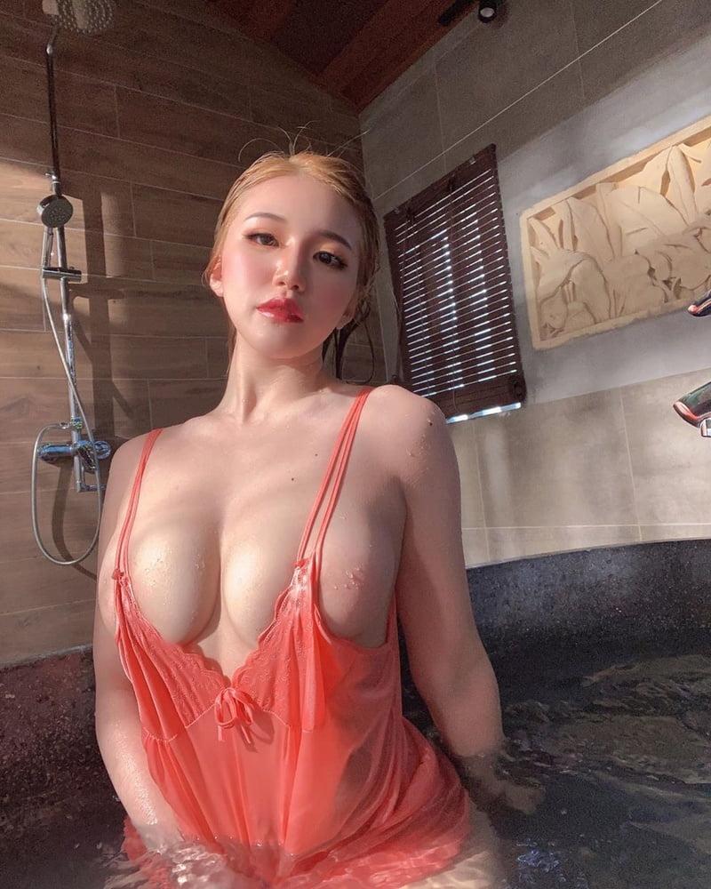 Ms Pui Yi